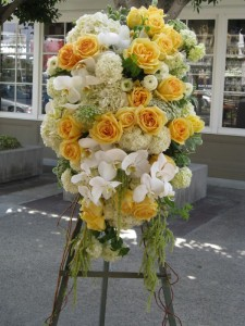 orange county sympathy flowers 225x300 Sympathy Flowers